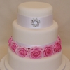 Brooch and Roses Wedding Cake